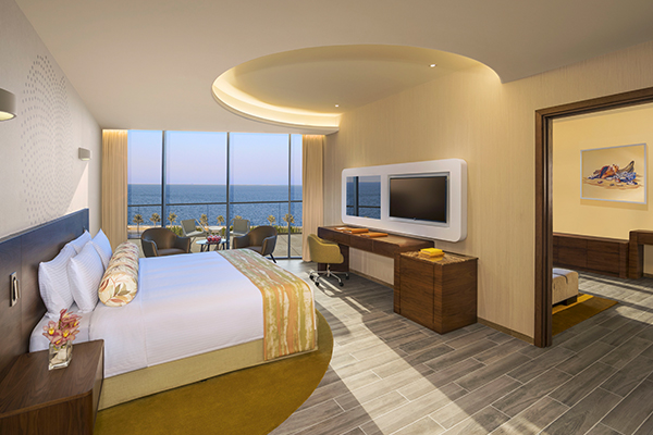 Premium One Bedroom Suite, Club Lounge And Beach Access, King Size Bed, Palm Jumeirah Sea View-room