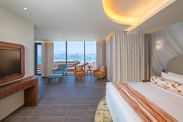 Penthouse Suite, Club Lounge And Beach Access, King Size Bed, Rooftop Terrace, Palm Sea View-slider-2