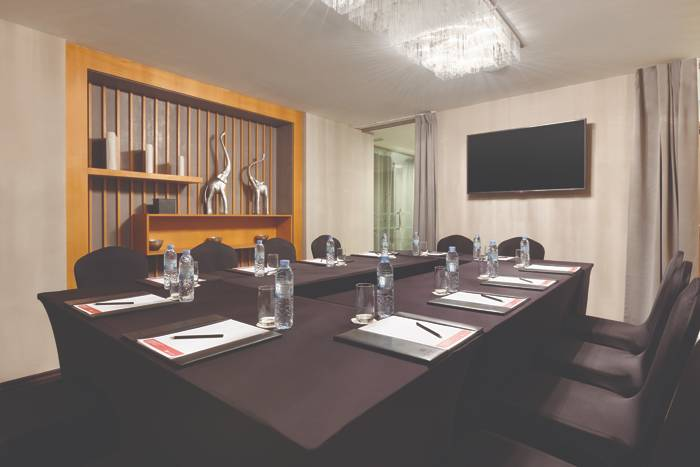 Ramada by Wyndham Downtown Dubai-meeting-slider