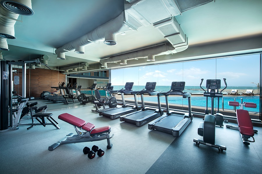 "{""id"":26,""facility_id"":25,""lang_id"":1,""hotel_id"":201000005,""name"":""Fitness Club 