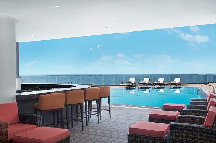 Waves Pool Bar-dining